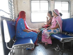 24 Hrs LADIES ONLY (RubyGoes) Tags: mumbai maharashtra india train blue pink sari red windows wr publictransport ladies compartment