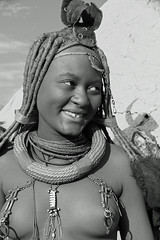 Himba Namibia (Olivier DARMON) Tags: africa portrait white black noir skin african details tribal tribes tribe nudity et scarification femmes afrique oubliés blancblack africantribes olivierdarmon detailsethiopia incisiondelapeau lasttribes