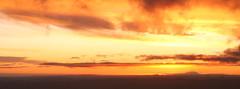 Rangiwahia Sunset (b.landscape) Tags: sunset evening northisland mounttaranaki ruahinerange rangwahiahut