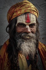 Sādhu (fredMin) Tags: nepal portrait people temple sony kathmandu hindu sadhu pashupatinath rx100 sādhu
