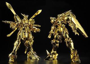 金黃色超級模式全開!HGFC 1/144 神威鋼彈 VS 天王鋼彈 流派東方不敗 套裝組