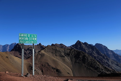 High altitude path to Chile