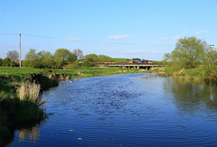 pg__000069496_1 (Phil Grain) Tags: river loughborough riversoar 66710 gbrf 6l15 trainandwater traincrossingwater jimmosley normantononsaor