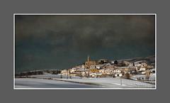JARQUE DE LA VAL.-MAÑANA DE INVIERNO IX (Juan J. Marqués) Tags: azul rustico nieve val panoramicas invierno frío teruel pueblos aliaga jarque cuencasmineras