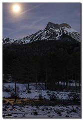 Castillo dAcher (Aitor Borruel Garate) Tags: road winter sunset sky espaa mountain snow cold nature clouds forest river atardecer spain rboles europe huesca nieve bosque invierno tarde pyrenees pirineos aragn valledehecho valdecho