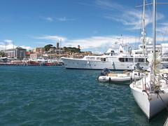 Escale dans le Vieux-Port de Cannes (armandtroy906) Tags: france cannes pierre paca mai nathalie gilles denis vieuxport 2016 lesuquet grandsurprise surprisepartie clubvarmer convoyageaulavandou