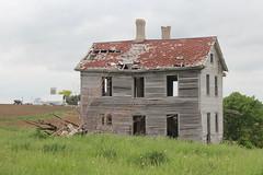 IMG_7862 (sabbath927) Tags: old building broken scary empty haunted creepy used abandon haloween tired worn fallingapart unused lonley souless