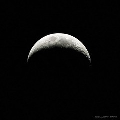 Crescent Moon (john&mairi) Tags: moon stack crescent astronomy registax