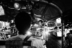 Tuk Tuk, Bangkok (Louis PERPERE) Tags: street white black night thailand noir bangkok et nuit blanc tuk thailande tue