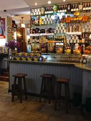 160 / 366 (lufegu) Tags: bar restaurant counter wine shelf neat arrangement abundance bussines largegroupofobjects arrengement rowesofthings