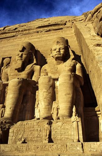 "Ägypten 1999 (132) Assuan: Großer Tempel von Abu Simbel • <a style=""font-size:0.8em;"" href=""http://www.flickr.com/photos/69570948@N04/27288414060/"" target=""_blank"">View on Flickr</a>"
