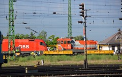 2016_Ferencvros_2052 (emzepe) Tags: railroad station yard train tren hungary budapest engine eisenbahn railway zug bahnhof loco class series locomotive bahn railyard ungarn classification 2016 lokomotiv hongrie nyr jnius vonat plyaudvar vast ferencvros ferencvrosi mozdony sorozat lloms vastlloms sorozat plyaszm