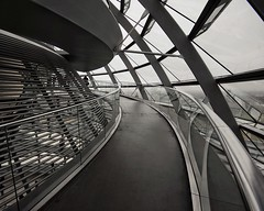 reichstag berlin 4 (dan.boss) Tags: berlin architecture rainyday reichstag normanfoster architektur bundestag nikond40