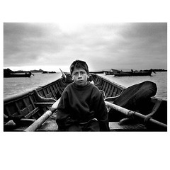 Caleta Carrizalillo, Chile 2003. (Marcelo Cceres) Tags: kodaktmax analogo chile boat pescadores carrizalillo caleta instagramapp square squareformat iphoneography