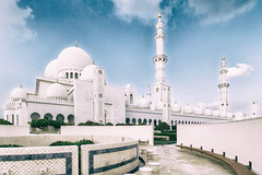 Wudu in Sheik Zayed Grand Mosque (Andr Moecke) Tags: mosque abu dhabi sheikhzayed grandmosque sheikzayed