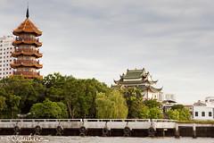 (by claudine) Tags: thailand temple bangkok chinesepagoda chaophrayariver travelphotographyworldphotosuniquebyclaudine cheechinkhormoralupliftingforbenefictionfoundation