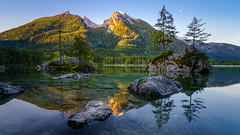 Sunrise at the Hintersee II (xxremixx) Tags: sunset sun mountain lake alps composition sunrise germany bayern deutschland bavaria see berchtesgaden stones berge steine alpen sonnenaufgang komposition hintersee obersee ramsau knigssee ndfilter nd3 nd1000