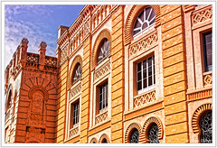 Fentres de Cadix (GilDays) Tags: espaa brick window yellow architecture jaune spain nikon andalucia espana brique cadiz andalusia espagne fentre andalousie cadix d810 nikond810 anda0915