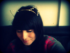 (Soleil Sun) Tags: girl cat pearls headband cintillo