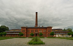 Rauchen (sterreich_ungern) Tags: chimney berlin berg architecture germany deutschland bricks smokestack prenzlauer backstein schornsteil