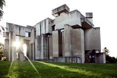 Wotrubakirche (aaaaaaaaaanita) Tags: wien light sunset sunlight church concrete brutalism beton 1230 wotrubakirche