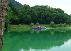 Most na Soci (405) (Silvia Inacio) Tags: river boat barco slovenia soca eslovnia mostnasoci riversoca