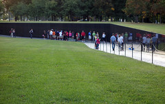 Maya Lin, Vietnam Veterans Memorial, view toward center