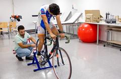Nuevo sistema de calas que reduce lesiones y mejora el rendimiento de los ciclistas (OTRIUS) Tags: ciclismo cala patente transferencia universidaddesevilla investigacin otri podologa jav