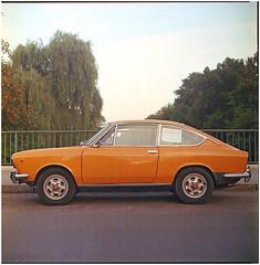 .rising sun to open the old day (Herr Benini) Tags: auto orange berlin car 850