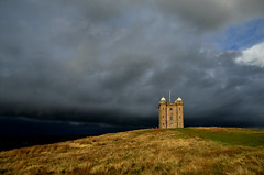The sky really was monstrous over Manchester (PentlandPirate of the North) Tags: park hunting cage lodge lyme disley