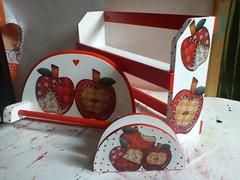 kit cozinha (Suzana Marques Artesanatos) Tags: pano porta toalha kit papel prato cozinha mdf maçãs decoupage temperos guardanapo