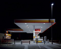 Shell, Guildford. (Dan Parratt) Tags: mamiya film night mediumformat photography kodak garage shell gas gasstation uca iso 400 resolution petrol ruscha fuel farnham consumption petrolstation forecourt rz67 edruscha royaldutchshell mamiyarz67 finalmajorproject twentysixgasolinestations universityforthecreativearts 26gasstations 26gasolinestations twentysixgasstations