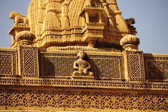 A Temple in Jaisalmer Fort (Saumil U. Shah) Tags: travel roof wallpaper sculpture india art heritage history tourism temple town sandstone desert fort indian culture craft tourist historic fortress jaisalmer desktopwallpaper mandir rajasthan shah goldencity  saumil  incredibleindia  saumilshah