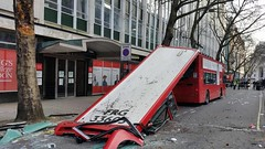 Metroline bus on route 91 de-roofed (BristolRE2007) Tags: bus london buses accident metroline