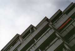 Balcony (-Photloos-) Tags: street building film architecture analog 35mm canon stuttgart balcony a1 analogue rollfilm phototour kleinbild