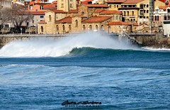 Playa San Lorenzo (omar suarez asturias) Tags: espaa paisajes spain surf asturias playa paisaje surfing gijon tiempolibre
