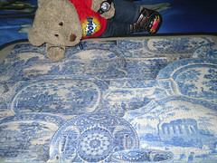 I can't brake theese plates haha! (pefkosmad) Tags: china bear blue white ted toy stuffed soft teddy fluffy hobby plush puzzle leisure antiques jigsaw pastime millers unopened upstarts 1000pieces tedricstudmuffin