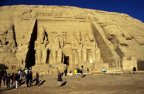 "Ägypten 1999 (121) Assuan: Großer Tempel von Abu Simbel • <a style=""font-size:0.8em;"" href=""http://www.flickr.com/photos/69570948@N04/27194076380/"" target=""_blank"">View on Flickr</a>"