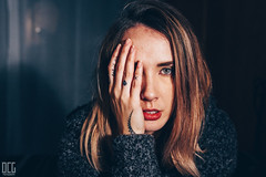 Portrait (Dorian-G) Tags: lighting light portrait girl face tattoo hair hand