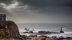 Surfer infestation (andre diener) Tags: cloud rain fog surfing wetsuits coldwater standupsurfing croudedsurfspots