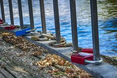 Schlsser (nicoheinrich86) Tags: city blue red urban rot water colors closeup contrast colorful wasser sony jena blau schloss schlsser gelnder 2016 tonemapped nikcollection hx400v stdttisch