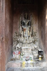 _DSC0326 (lnewman333) Tags: sea river thailand temple seasia southeastasia buddha buddhist ayuthaya ayutthaya chaophrayariver kingramathibodii watputthaisawan