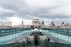St Paul's south view (Cat_Fung) Tags: bridge london architecture landscape cityscape stpauls millennium stpaulscathedral converginglines