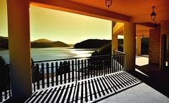 La casa sul lago (gianclaudio.curia) Tags: lago calabria lorica tramonto controluce nikon d7000 riflesso sila