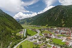 Blick aus der Penken Seilbahn auf Mayrhofen (Roland_D.) Tags: alps austria zillertal 2016