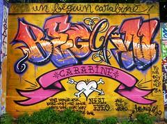"graffiti la rochelle, le gabut, le ""béguin carabiné"" (thierry llansades) Tags: street urban streetart wall painting graffiti canal graf spray peinture urbanart amour painter pont 17 graff larochelle aerosol bombing charente baiser graffitis fresque rocade grafs beguin maral charentemaritime carabine aunis aytre gabut legabut saintrogatien rompsay saintro beguincarabiné carabiné"