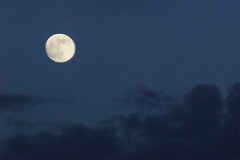 Moon 003 (Ethan Sztuhar) Tags: moon blur clouds focus bright bokeh dusk sony a33 full alpha