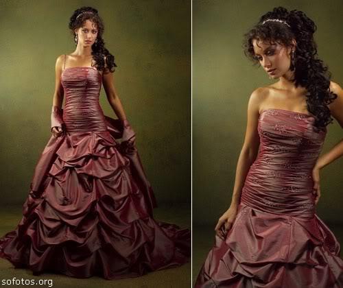 Vestido de noiva vinho