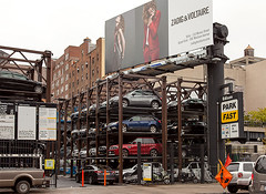 (Irith Gubi) Tags: newyork cars parking density vision:outdoor=0939
