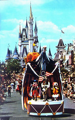 Mickey Mouse Leads America on Parade, Disney World Postcard #0111-0367 (Tom Simpson) Tags: vintage disneyland disney parade 70s 1970s 1976 cinderellascastle disneyparade vintagedisneyland vintagedisney americaonparade